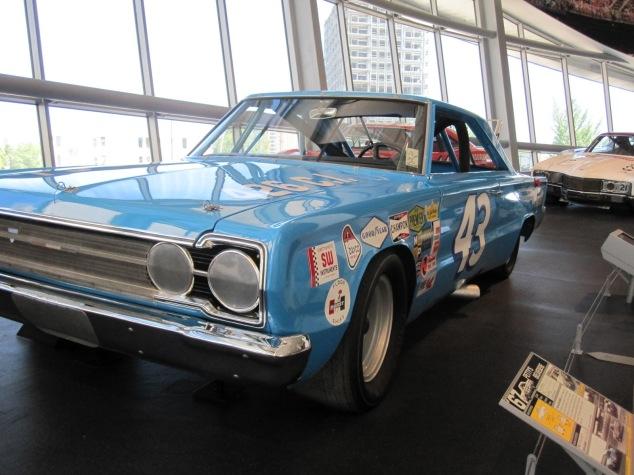 NASCAR 43